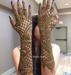 The World's Top Fashion Trends With Top Fitness Models Latest Bridal Mehndi Designs, Simple Arabic Mehndi Designs, Indian Mehndi Designs, Full Hand Mehndi Designs, Beautiful Mehndi Design, Mehndi Images, Henna Mehndi, Hand Henna, Mehendi