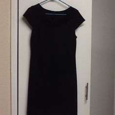 Black dress Polyester spandex blend with ribbon flower neckline Forever 21 Dresses