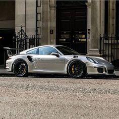 "SupercarsofLondon on Instagram: ""#SupercarsofLondon by @bd.automotive #Porsche #GT3RS #London #Supercar"""