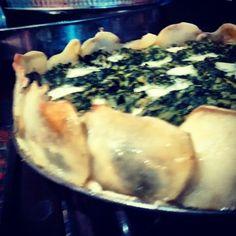Tarta de acelga y calabaza sin carbohidratos Encontra la receta en: https://m.facebook.com/comesano.cambiatuvida.com.ar #tarta #acelga #calabaza #queso #papa #sincarbohidratos #paleo #comida #saludabre #food