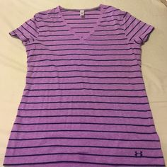 Under Armour Women Shirt Great condition. Size Large. Under Armour Tops Tees - Short Sleeve