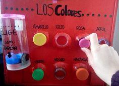 Botellas y tapones reciclados para los colores. Languages, Diy Ideas, Spanish, Teaching, Fine Motor, Plugs, Bottles, Activities, Idioms