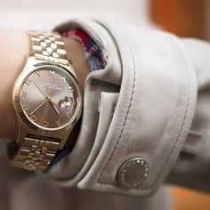 Horloges trends dames on pinterest ice watch daniel wellington and marc jacobs watch - Kleur taupe ...