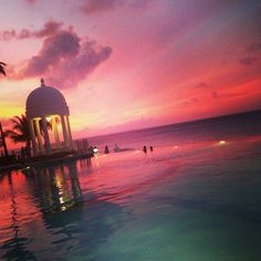 Riu Palace Las Americas - Cancun - RIU Hotels & Resorts - Sunset - Hotel sunset - vacations