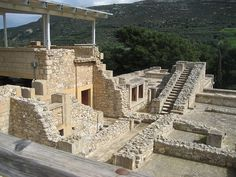 The Palace at Knossos ....   Abandonedat some time in Late Minoan  1380–1100 BC.