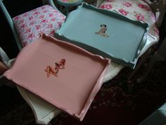 Vintage 1930s tea trays with retro pin up girls...