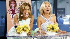 18 GIFs that flaunt KLG and Hoda's wild and fun side