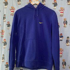 Vintage Electric Blue Nike Hoodie (M) ✔️ Vintage Sportswear, Yellow Nikes, Blue Nike, Nike Hoodie, Electric Blue, Nike Logo, Reebok, Retro Vintage, Tommy Hilfiger