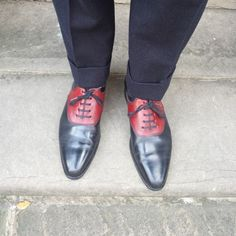 http://chicerman.com  blackshoeblog:  jfitzpatrickfootwear:  The shoes that started it all.  #jfitzpatrick #jfitzpatrickfootwear #twotonedshoes #stefano #saddleshoes #oxfords #dressshoes #mensshoes #mensstyle #shoes #shoesnob #shoestagram #shoestyle #shoeporn #mensfashion #menswear #fashion #style #styleformen #theshoesnob #theshoesnob84  Just like my pair :-)  #menshoes
