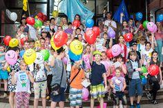 По закінченню естафети учасники забігу отримали у подарунок сертифікати та повітряні кулі.