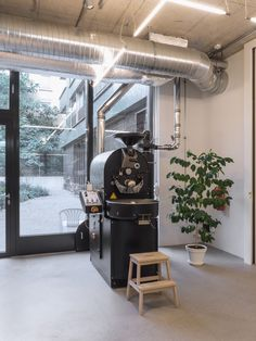 miró manufactura de café based in Zurich. Café, Roastery and Shop. Our roaster is exposed and separate if needed by a massive sliding door. Photographed and copyrights Yoichi Iwamoto. Zurich, Sliding Doors, Separate, Outdoor Decor, Shop, Home Decor, Sliding Gate, Decoration Home, Room Decor