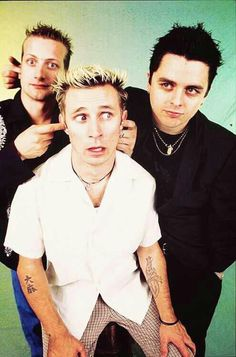 This has been my favourite band since I was 8 years old. And these guys forever will be <3 idiot for life