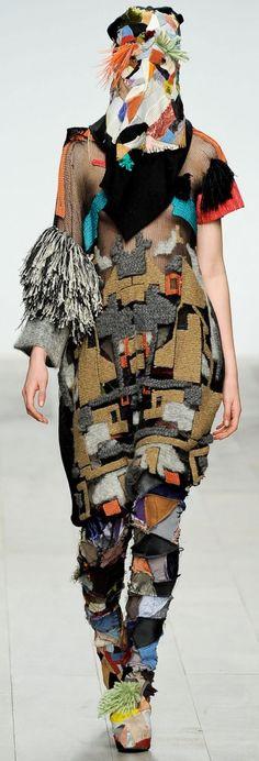 Super Ideas For Knitting Fashion Art Textiles Knit Fashion, Fashion Art, Womens Fashion, Fashion Design, Textiles, Weird Fashion, Knitting Accessories, Facon, Costume Design