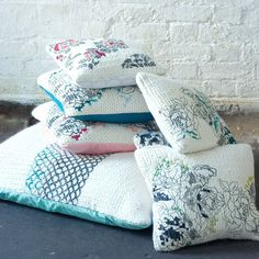 Ellen Calvert: Recycled With Love — Knitted Cushions, Embroidered Cushions, Natural Modern Interior, Diy Cushion, Cushion Ideas, Picasso Blue, Knit Pillow, Handmade Cushions, Recycled Fabric