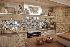 Arredare la cucina in stile country chic - Cucina country chic verde ...