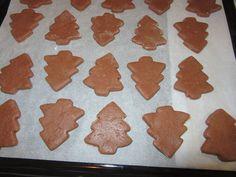 Puha mézes, gyúrd össze a hozzávalókat, egy kicsit pihentesd a tésztát és már sütheted is! - Ketkes.com Gingerbread Cookies, Diy And Crafts, Bakery, Food And Drink, Desserts, Christmas, Recipes, Advent, Gingerbread Cupcakes