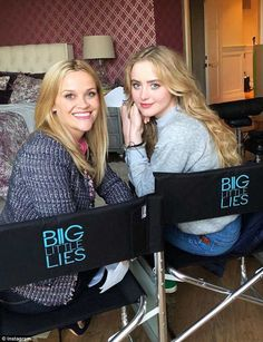 Filming continues: Although known for their turbulent on-screen mother-daughter relationship in Big Little Lies, Reese Witherspoon, and Kathryn Newton, looked every bit friendly on Monday Reese Whiterspoon, Kathryn Newton, Film Big, Mother Daughter Relationships, Big Little Lies, Hbo Series, Nicole Kidman, On Set, Tv Shows