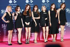 """Girls' Generation, Song Joong Ki, Taemin, and More Own the Red Carpet at """"Style Icon Asia 2016″"""