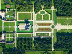 Fontainebleau jardin france plan chateau fontainebleau for Boulingrin jardin