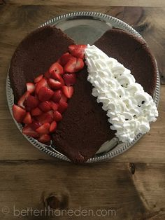 A Super Simple Divine Mercy Cake - Mary Haseltine Divine Mercy Prayer, Divine Mercy Sunday, Catholic Feast Days, Saint Feast Days, Catholic Crafts, Church Crafts, Let Them Eat Cake, Super Simple, Delish