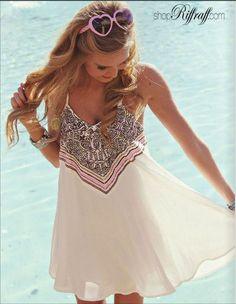 Beautiful thin strap flowy summer dress      : ://..c//  - #fashion #beautiful #pretty http://mutefashion.com/