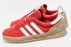ADIDAS MONTREAL (SIZE? EXCLUSIVE)