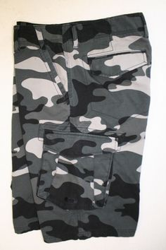 Oakley Tactical Gray Camo Cargo Shorts Science Wrapped Art (Mens 32) Zipper 2529 #Oakley #Cargo