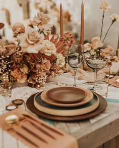 This stunning backyard wedding in Boise, Idaho was designed with bohemian, Byron Bay in mind. Pampas grass everywhere and floating flowers in the pool give this luxury wedding a casual, free spirited vibe that you won't want to miss. Copper Wedding, Boho Wedding, Floral Wedding, Rustic Wedding, Dream Wedding, Luxury Wedding, Wedding Flowers, Wedding Ideas, Destination Wedding Planner