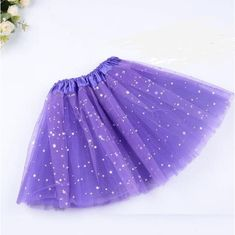 Does your daughter dream of becoming a ballerina someday? Does she enjoy wearing sparkly dresses? Surprise and encourage her with this stunning and cute Magic Light Princess Tutu. Awaken the princess ballerina in her. Makes for an awesome gift so get Tutus For Girls, Kids Outfits Girls, Diy For Girls, Girl Outfits, 2t Girl Clothes, Baby Clothes Shops, Princess Tutu, Little Princess, Princess Party