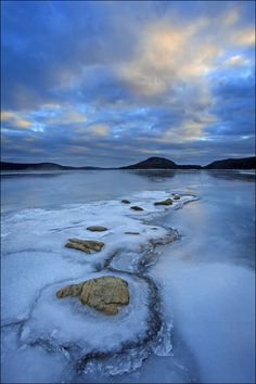 Stepping Stones, Quabbin Reservoir, Massachusetts