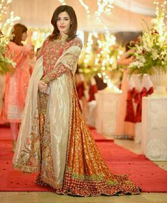 PakistaNi fashion..,