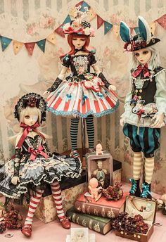 puppet:  DOLLISM PLUS 7@HONGKONG by U r u v i e l on Flickr.