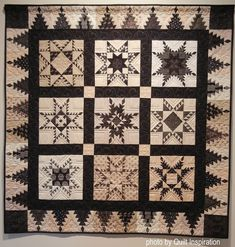 A Flock of Feathered Stars by Sherry Newbold, quilted by Debra Simons.  Photo by Quilt Inspiration: Best of the Utah Quilt Show! (part 2)