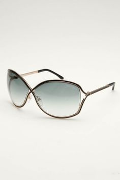 Tom Ford sunglasses...I want..no I NEED these in my life! Bdays right around the corner *wink* *wink*