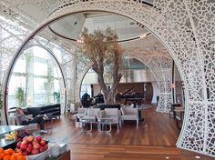 Trellises Lounge: Wonderful Use of Space