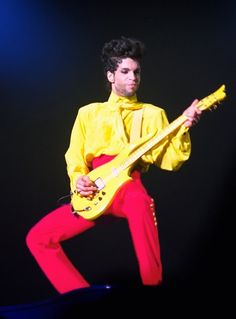 Diamonds & Pearls Tour - hot pink and yellow only Prince Photos Of Prince, Prince Images, Paisley Park, Roger Nelson, Prince Rogers Nelson, Purple Reign, Love Me Forever, 3 In One, My Prince