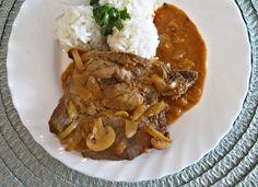 Bakoňské kotlety- Maďarská kuchyně Food 52, Pot Roast, Curry, Pork, Cooking Recipes, Beef, Treats, Ethnic Recipes, Dracula