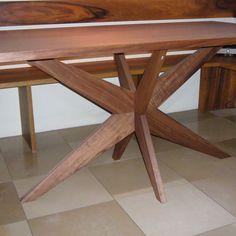 #Eckbank und #Tisch in #Nußbaum