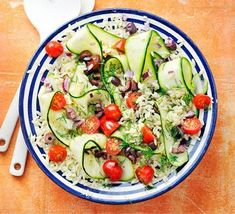 Orzo Salad, Soup And Salad, Easy Lunches For Kids, Salad Recipes, Orzo Recipes, Diet Recipes, Blue Cheese Recipes, How To Cook Orzo, Dairy Free Eggs