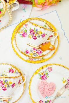 Fabulous Gladstone Staffordshire Floral & by FlyingSquirrelNest, Vintage Crockery, Vintage Tea, Tea Cup Set, Tea Sets, Beautiful Pink Roses, Gladstone, Gold Background, Side Plates, Floral Bouquets