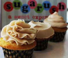 PB CUPCAKES RECIPE FROM @Sugarush a sweet experience Peanut Butter and Jelly