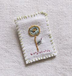 Textile brooch, pin back, flower, handmade, embroidery.