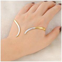 Mytys Palm Cuff Hand Bracelet 18k Yellow Gold Plated Alloy Stylish Bangle Bracelet