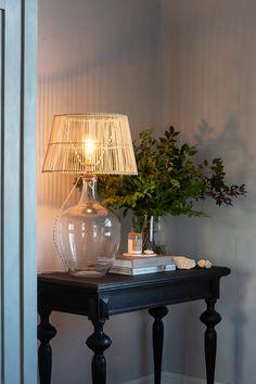 Parolan Asema: Rottinkivalaisinta Lighting, Beautiful, Home Decor, Style, Swag, Decoration Home, Room Decor, Lights, Home Interior Design