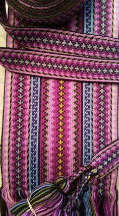 Inkle Weaving, Card Weaving, Tablet Weaving, Weaving Projects, Chanel Boy Bag, Fiber Art, Weave, Knitting, Pattern