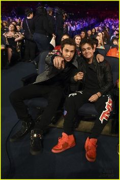 Austin Mahone and Alex| RDMAS 2014