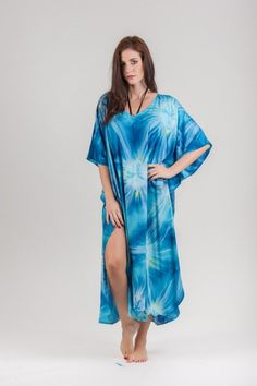 Long Kaftan Plus Size DressCaftanHippie DressBeach by kaftansGR Trendy Plus Size Clothing, Plus Size Outfits, Long Kaftan, Beach Wear, Boho, Silk Fabric, Night Out, Tie Dye, Cover Up