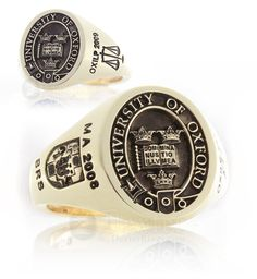 Oxford University Signet Ring, When I graduate next year! Graduation Rings College, Graduation Scrapbook, College Rings, School Rings, Engraved Rings, Signet Ring, Ring Designs, Fashion Rings, Moda Masculina