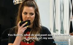 HATE THE SHOW, BUT LOVE KHLOE!!! When she answered the phone to Rob like this. | 31 Times Khloé Shut Down The Other Kardashians
