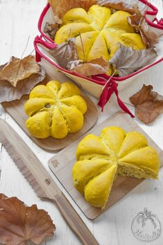 Ricetta Pane alla zucca con curcuma e semi di zucca